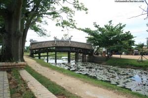 Le pont à torture en tuiles de Thanh Toan a Hue
