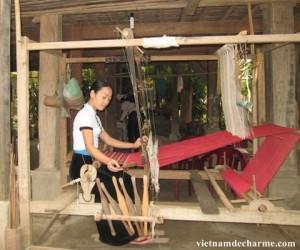 les Thais Blanc a Mai Chau