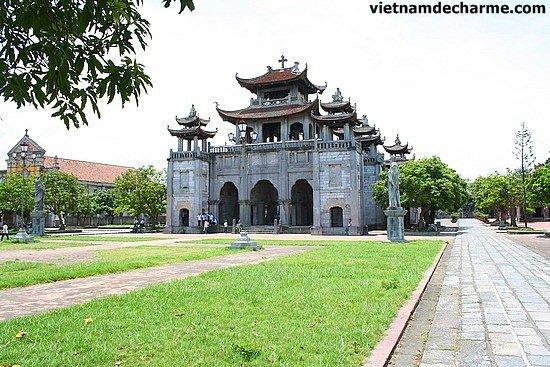 La cathédrale de Phat Diem - NInh Binh