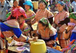 Marché Can Cau province de Si Ma Cai