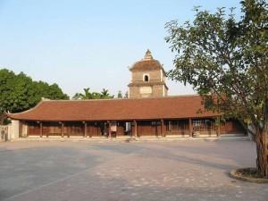 Pagode Dau et la tour Hoa Phong