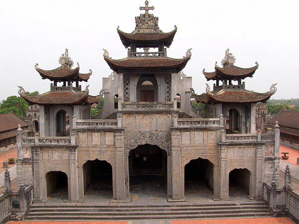 Le campanile (phuong dinh en vietnamien)