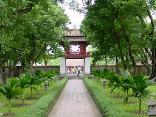 Le Temple de la littérature, Visite Hanoi