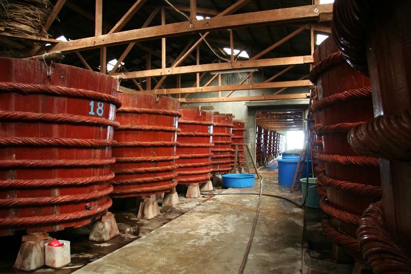 atelier traditionnel de nuoc mam a Phu Quoc