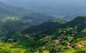 , le col de Khau Pha sépare les districts de Mu Cang Chai et Van Chân, province de Yen Bai.