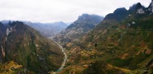 La rivière Nho Que vue du Col Ma Pi Leng